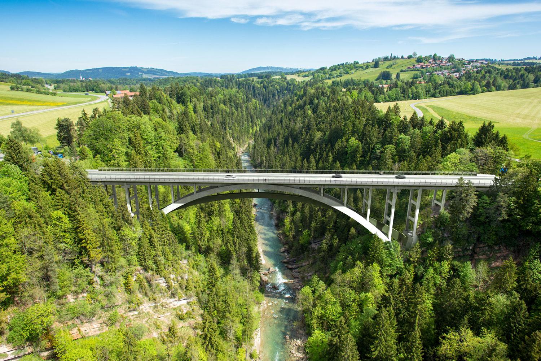 WB – Teilerneuerung der Echelsbacher Brücke
